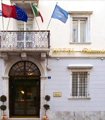 斐羅克斯尼娜酒店 - 第里雅斯特 - 的里雅斯特 - 建築