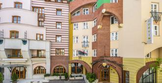 Corvin Hotel Budapest - Corvin wing - בודפשט - בניין