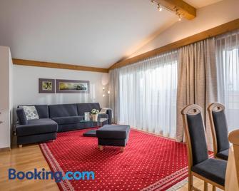 Appartements Schwaighofer - Kössen - Living room