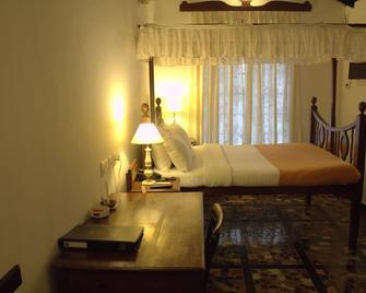 Welcomheritage Panjim Pousada - Panaji - Bedroom