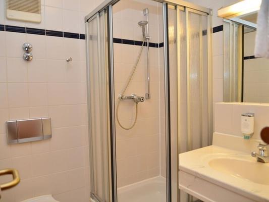 Classik Hotel Magdeburg - Magdeburg - Phòng tắm