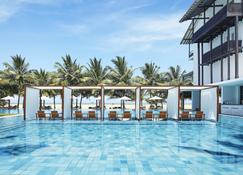 Jetwing Blue - Negombo - Pool