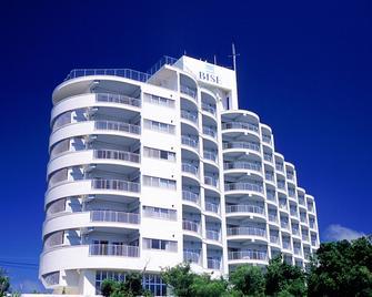 Hotel Yugaf Inn Bise - Мотобу