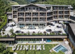 Hotel Das Stachelburg - Parcines - Edificio