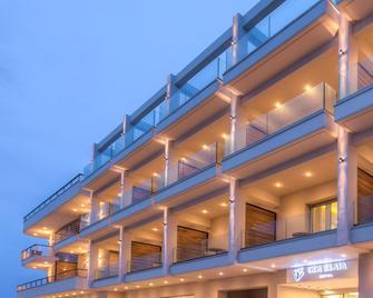 Gea Elaia - Neapoli Vion - Building