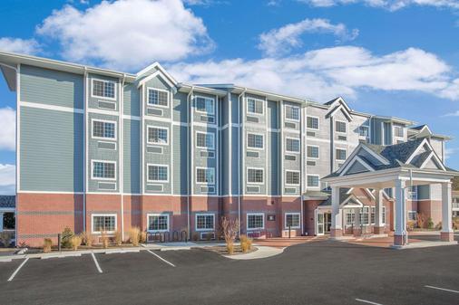 Microtel Inn & Suites by Wyndham Ocean City - Ocean City - Building