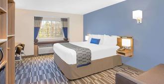 Microtel Inn & Suites by Wyndham Ocean City - אושן סיטי - חדר שינה