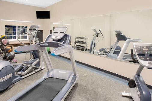 Microtel Inn & Suites by Wyndham Ocean City - Ocean City - Gym