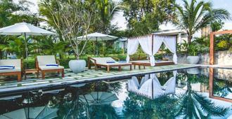 Sahaa Beach Resort - סיהנוקוויל