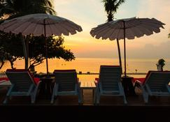 Lima Coco Resort - Ko Samet - Patio