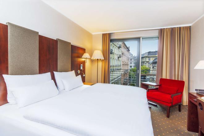 NH Budapest City - Budapest - Bedroom
