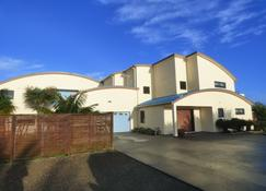 Sunset View Lodge - Dargaville - Building