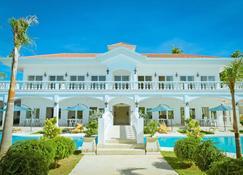 Casa Blanca By The Sea - לאפו-לאפו סיטי - בניין