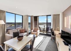 Oaks Adelaide Horizons Suites - Adelaide - Chambre