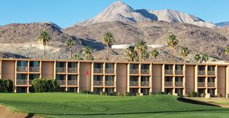 WorldMark Palm Springs - Plaza Resort and Spa - Palm Springs - Building