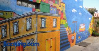 Hostal Miramar - Valparaíso - Building