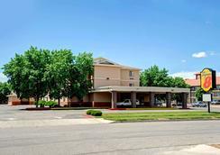 阿爾伯克爾基西/庫爾斯大道速 8 酒店 - 阿爾布奎克 - 阿爾伯克基 - 建築