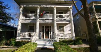 Brackenridge House Bed & Breakfast - San Antonio - Edificio