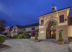Midleton Park Hotel - Midleton - อาคาร