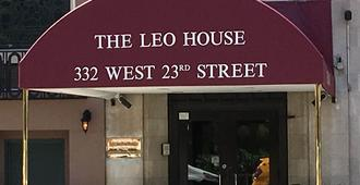 The Leo House - New York - Building