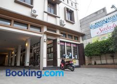 Saloka Guesthouse - Padasul - Building