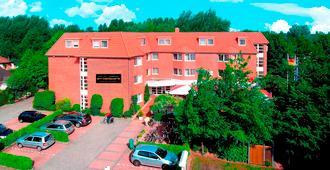 Nordwest-hotel Am Badepark - Bad Zwischenahn - Building