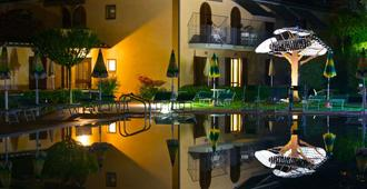 Hotel Sovestro - San Gimignano - Toà nhà
