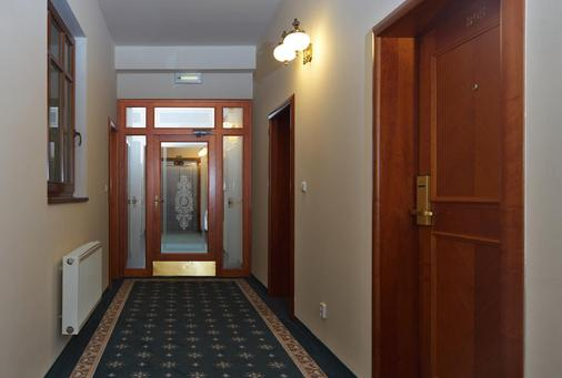 Amigo City Centre Hotel - Prague - Hallway