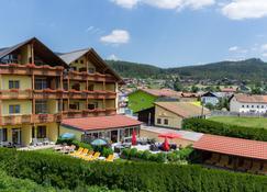 Garni-Wohlfühl -Aktiv Hotel Kronberg - Bodenmais - Building