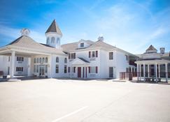 Osage Village Inn - Osage Beach - Building