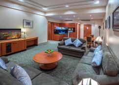 Gulf Court Hotel - Manama - Living room