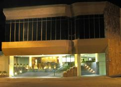 Best Western Plus Plaza Florida & Tower - Irapuato - Building
