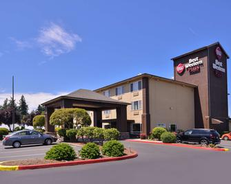 Best Western Plus Cascade Inn & Suites - Troutdale - Building