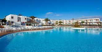 羅伯士海灣拉布蘭達酒店 - 拉奧利瓦 - 科拉雷侯 - 游泳池