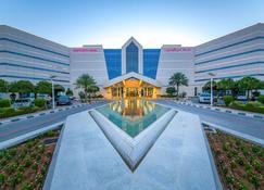فندق ميركيور جراند جبل حفيت العين - العين - مبنى
