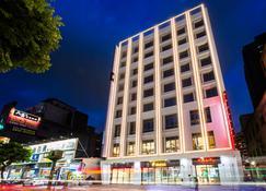 F Hotel Luzhou Taipei - Taipé - Edifício