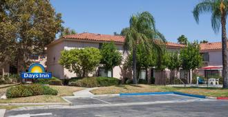 Days Inn by Wyndham San Bernardino/Redlands - San Bernardino