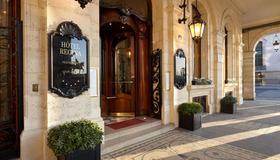 Hôtel Regina - Paris - Bâtiment