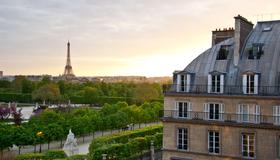 Hotel Regina Louvre - París - Vista del exterior