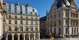 Hotel Regina Louvre - Parijs - Gebouw