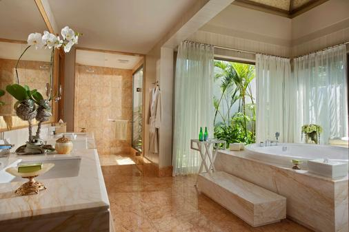 Mulia Villas - South Kuta - Bathroom