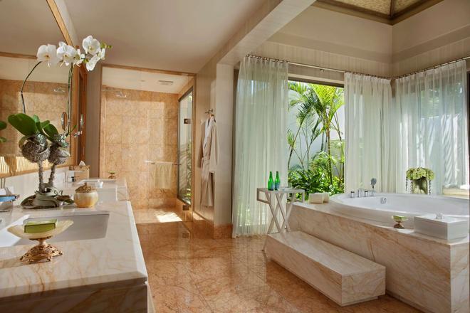 Mulia Villas - South Kuta - Bathroom