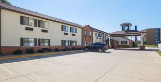 Motel 6 Crossroads Mall - Waterloo - Cedar Falls - Waterloo