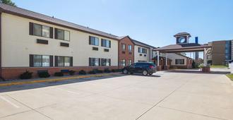 Motel 6 Crossroads Mall - Waterloo - Cedar Falls - Waterloo