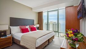 Mantra Legends Hotel - Surfers Paradise - Bedroom