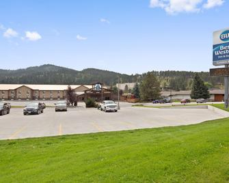 Best Western Golden Spike Inn & Suites - Hill City - Building