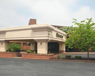 Sheraton Harrisburg Hershey Hotel - Harrisburg - Building