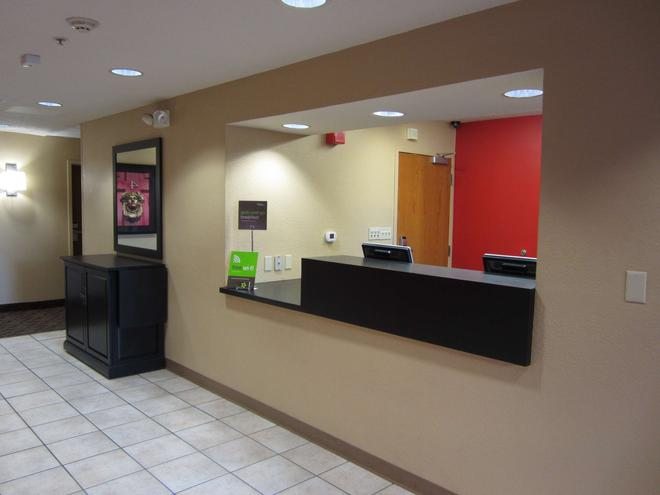 Extended Stay America Austin - Round Rock - North - Round Rock - Front desk