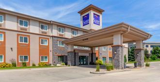 Sleep Inn and Suites Bismarck I-94 - ביסמארק