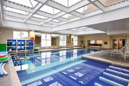Comfort Suites Alphaville - Barueri - Pool